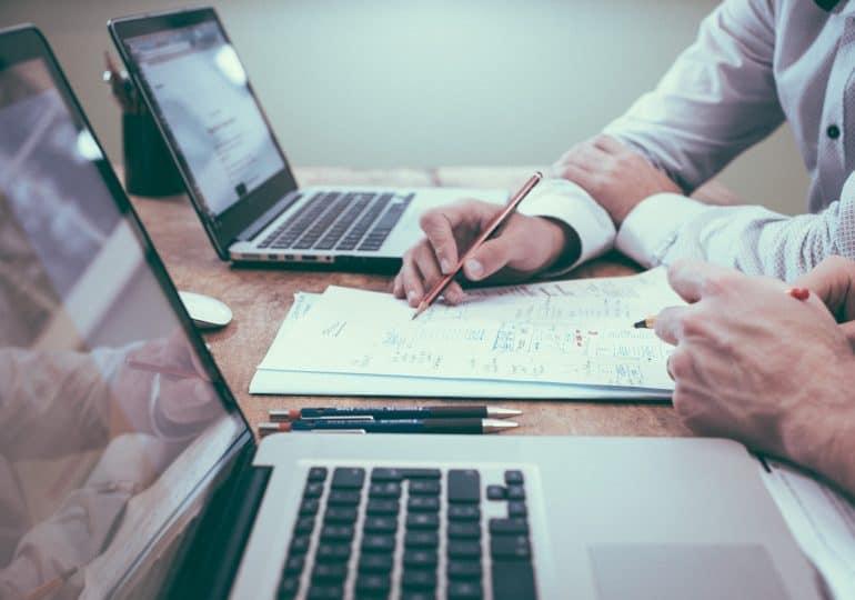CRM dla małej firmy - jak wybrać?