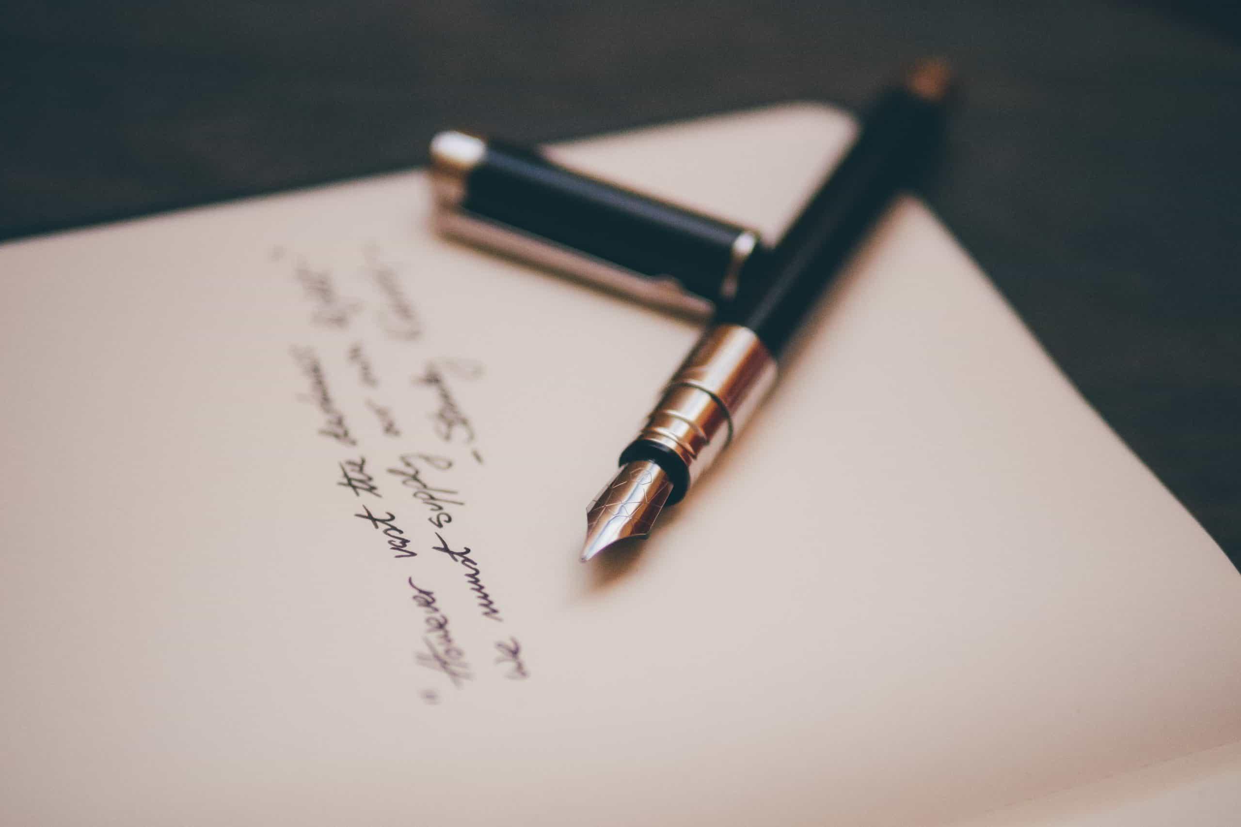 Gadżety kobiety – dlaczego warto pisać piórem?