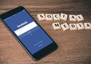 """Co by było, gdyby przestały istnieć media społecznościowe?! 😱 Czyli jak zabezpieczyć nasz biznes przed """"kaprysami"""" Facebooka ;)"""