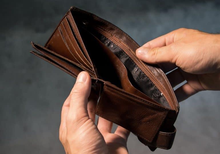 """Pracodawcy RP krytykują podwyżkę płacy minimalnej. """"Rząd podpisuje wyrok na tysiące firm"""""""