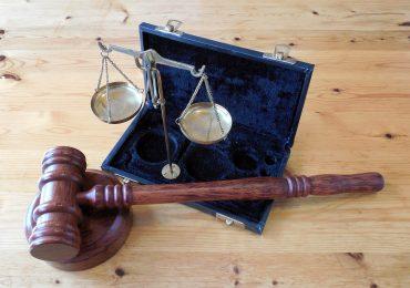 Czy restauratorzy mogą otwierać swoje firmy? Adwokat komentuje bieżący stan prawny
