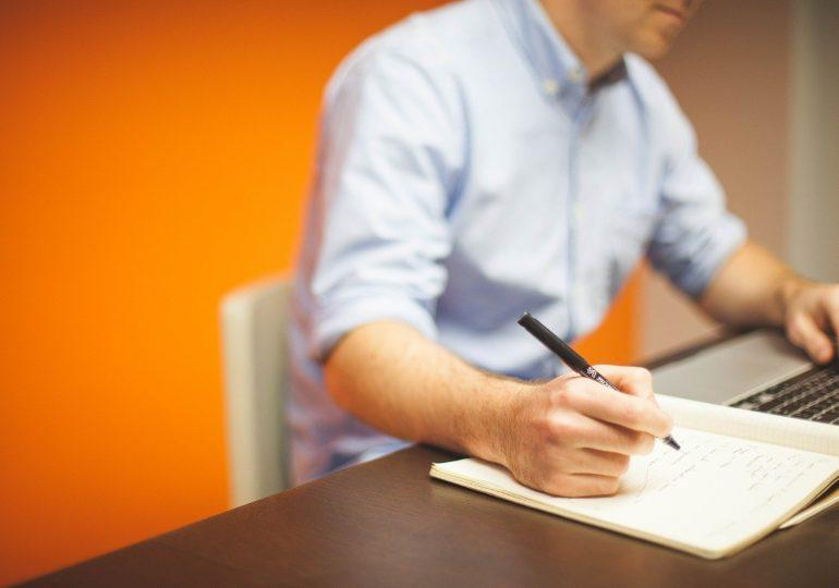 Firmy nie chcą zatrudniać na stałe. Rozwiązaniem będzie outsourcing