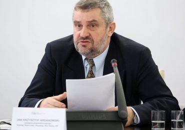 Brakuje pracowników przy zbiorach. Minister rolnictwa apeluje: Zachęcam do pracy w polskim rolnictwie
