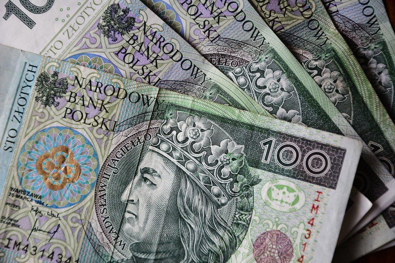 Polacy robią sobie wakacje odkredytu. Banki przyjęły ponad milion wniosków oodroczenie spłaty kredytu