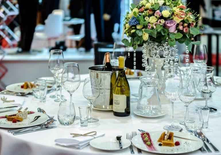 Branża weselna niedługo wznowi działalność. Minister zdrowia rekomenduje organizację wesel do 50 osób