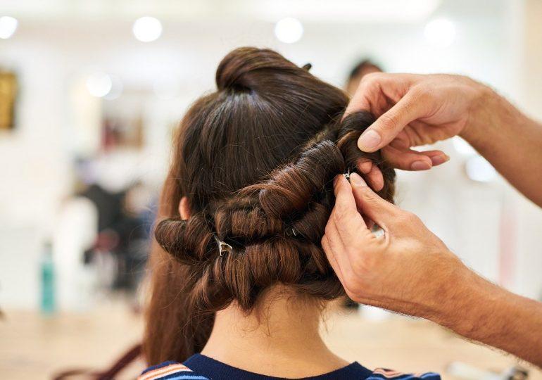 Kiedy otwarcie salonów fryzjerskich? Minister zdrowia ogłosił wstępną datę