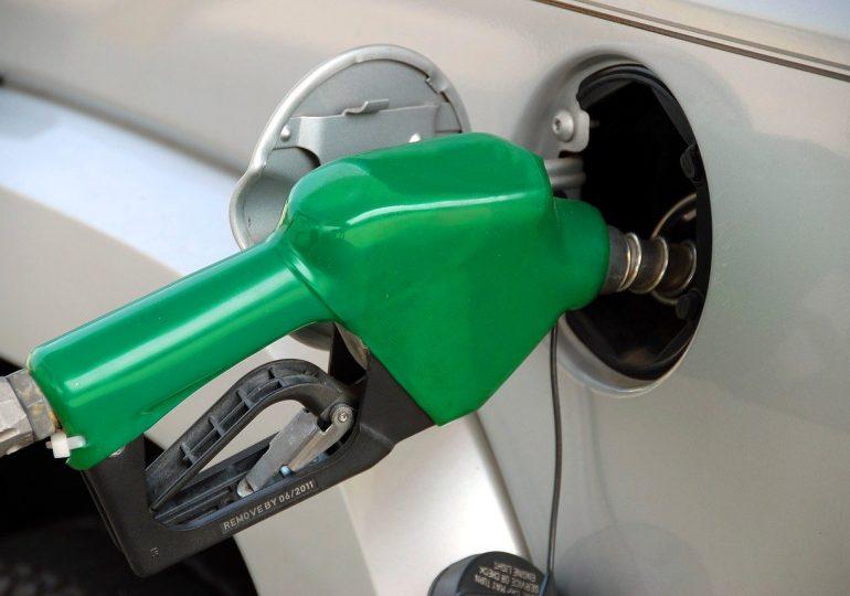Paliwo z recyklingu już za dwa lata na stacjach benzynowych. Kilogram plastiku to litr benzyny lub ON
