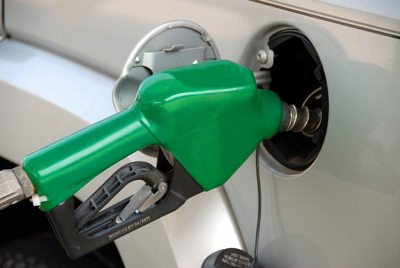 Paliwo zrecyklingu już zadwa lata nastacjach benzynowych. Kilogram plastiku tolitr benzyny lub ON