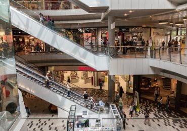 Polacy chcą uwolnienia niedzielnego handlu. Czasowe zniesienie zakazu handlu popiera 60% z nas