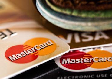 BNP Paribas wprowadza płatności kartą na nowy poziom. Bank umożliwi płatność kartą w ratach