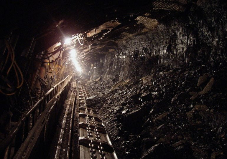 """Rezygnacja z węgla zachwieje rynkiem pracy na Śląsku. """"Jesteśmy już spóźnieni"""""""