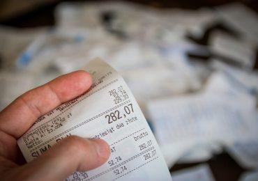 Polacy odczuwają wzrost cen. 90% z nas zaczęło oszczędzać pieniądze