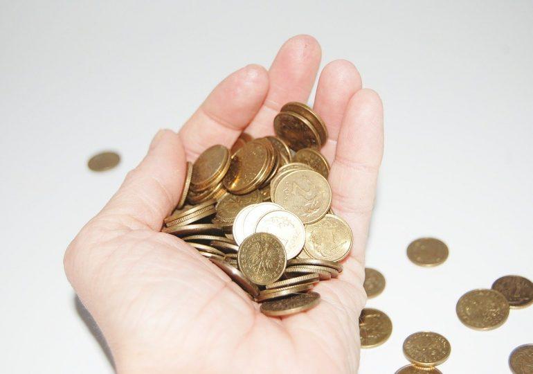 Polacy boją się o swoje pieniądze. Przez pandemię pogorszyła się nasza sytuacja finansowa