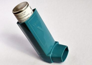 Polski start-up zrewolucjonizuje leczenie astmy. Inteligentna nakładka na inhalator pomoże przewidzieć zbliżający się atak duszności