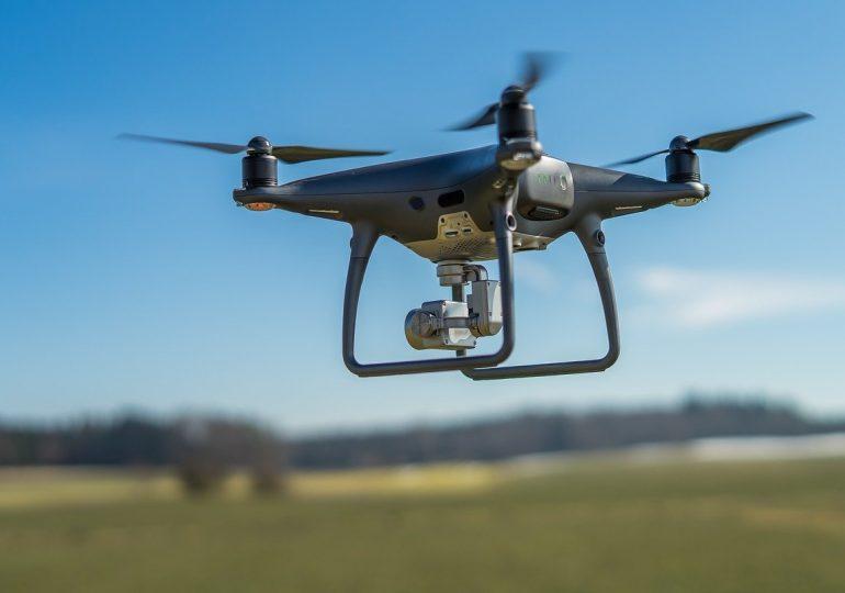 W Anglii powstaje pierwsza podniebna autostrada dla dronów. Ma mieć 8 km długości