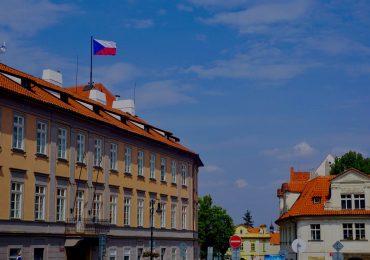 Czechy obniżają podatek dochodowy. W ten sposób chcą ratować gospodarkę