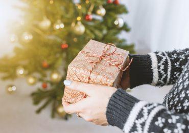 W tym roku prezenty świąteczne głównie będą z Internetu. Średnio wydamy na nie od 200 do 500 zł