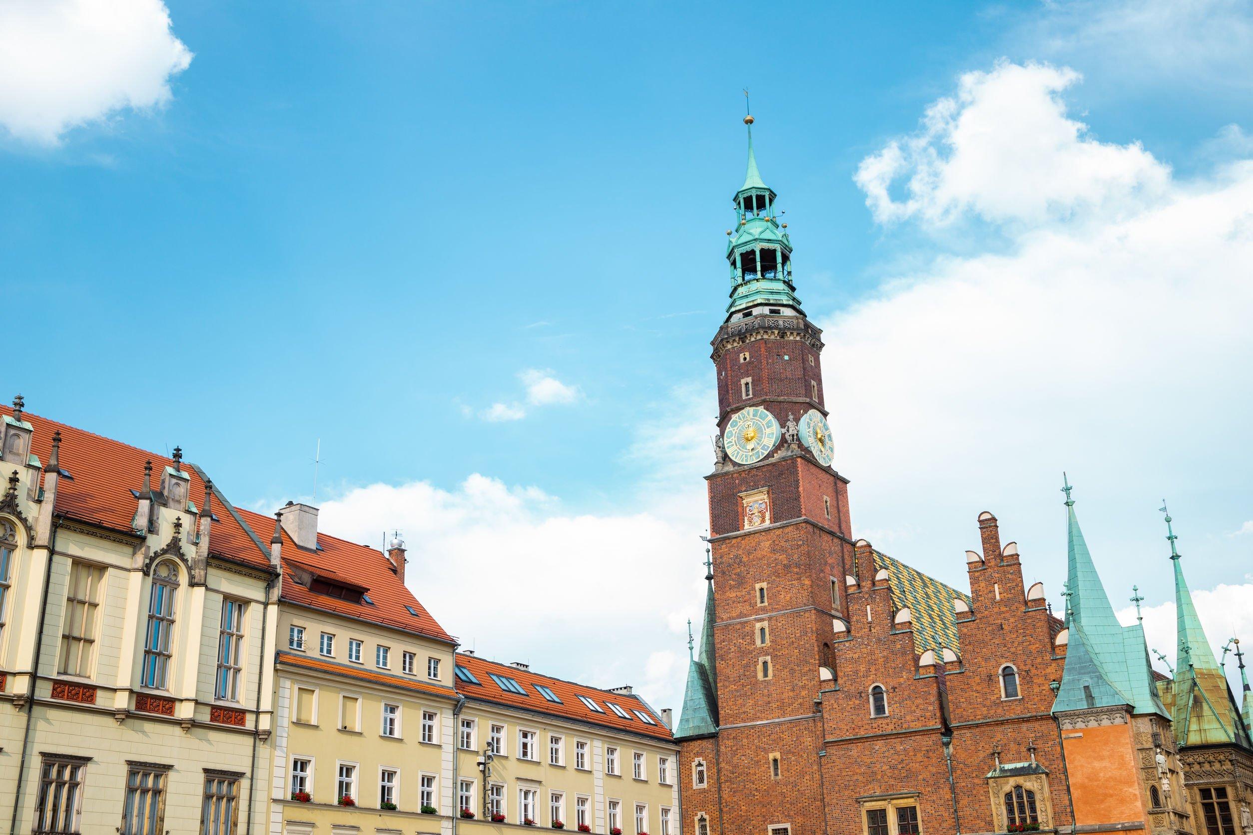 Wrocław zawiesza opłatę zakoncesję naalkohol. Skorzysta zniej około 1000 firm