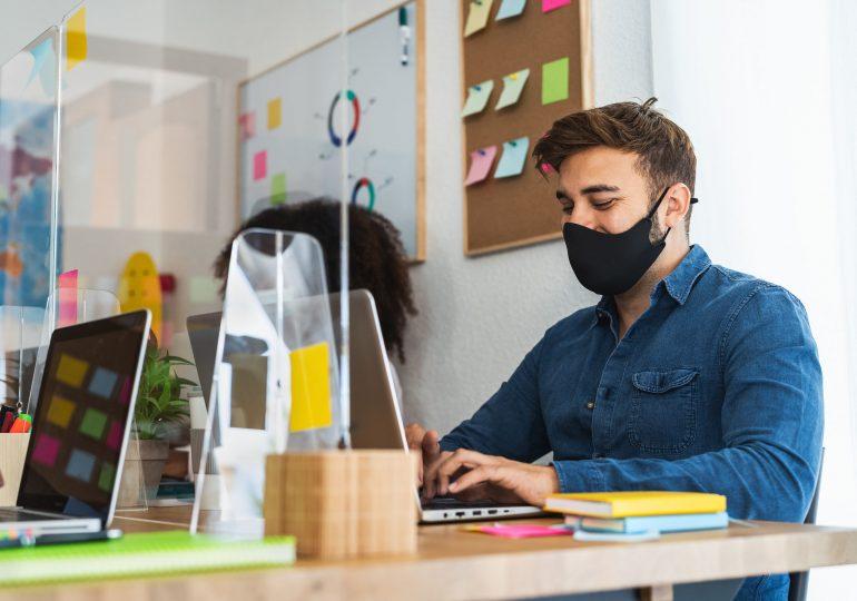 Kiedy COVID-19 jest chorobą zawodową? Jakie prawa przysługują pracownikowi?