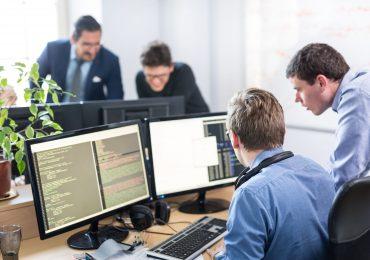 Rynek pracy w branży IT wciąż będzie rósł. Eksperci zapowiadają: Nawet przez następne 10-20 lat