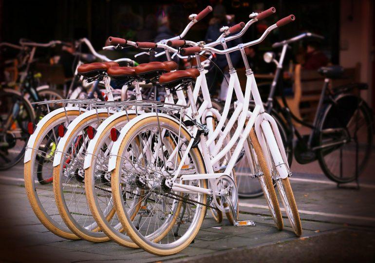 Z powodu pandemii Polacy przesiedli się na rowery. Branża odnotowuje gigantyczne wzrosty