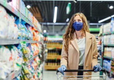 Koszyk najtańszych produktów spożywczych podrożał o 9% w ciągu roku
