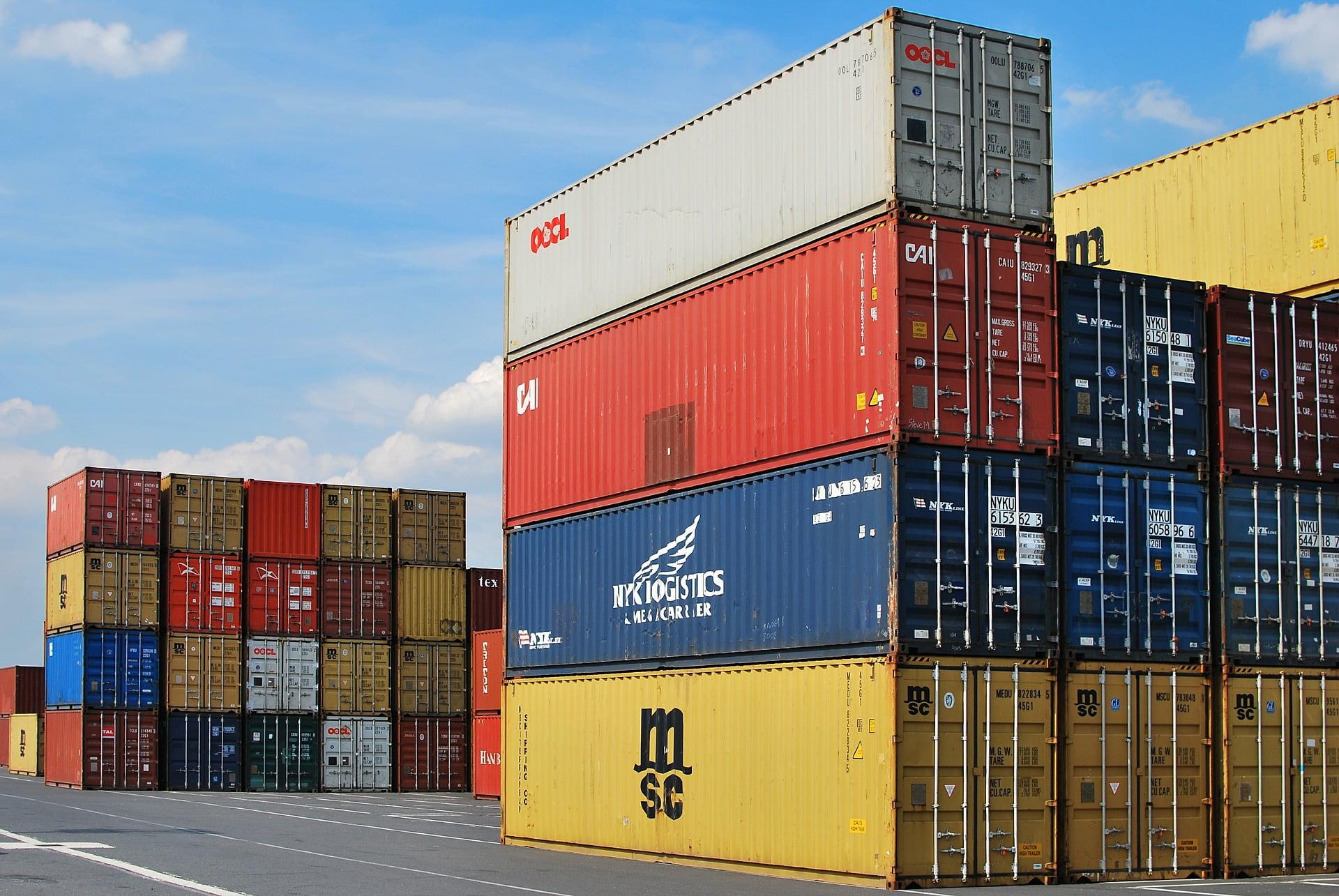 Pandemia wymusiła zmiany naprzedsiębiorcach. Światowy handel będzie się regionalizował