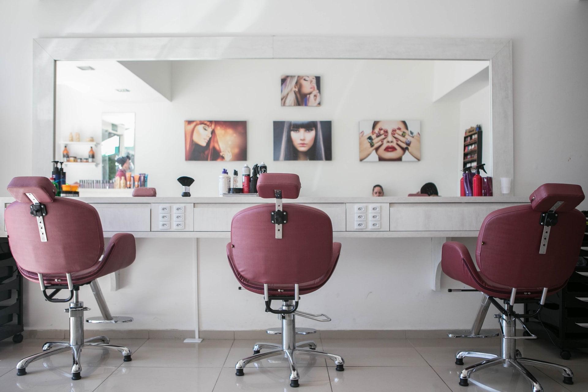 Ile kosztuje otwarcie salonu kosmetycznego?