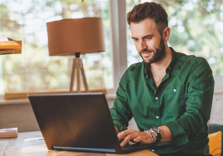 Zakładanie działalności gospodarczej przez internet – najważniejsze informacje